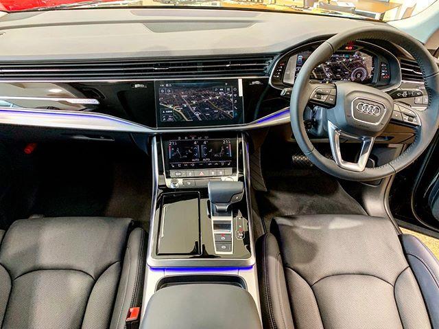 Audi Q8 Luxury.最高の室内空間...心から満ち足りた時間を過ごせる。最先端のテクノロジーとラウンジのような心地よさ...... - from Instagram